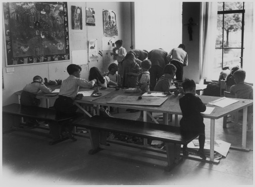 Archival photograph children's atelier Kunstmuseum The Hague
