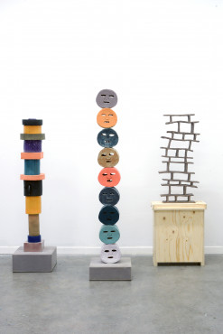 Koen Taselaar, Not Yet Titled, 2019; Facemask Totem (but you can call me snail placenta), 2019; Brickwall Without Bricks L, 2019