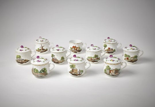 Cream pots decorated with views of The Hague Ansbach, decorated in The Hague, 1776-1790 Porcelain, Kunstmuseum Den Haag - acquired with support of the Dutch Porcelain Society.
