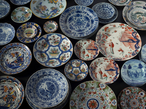 A wide variety of Deltware plates and dishes, eighteenth century, collection Kunstmuseum Den Haag
